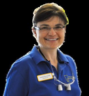 Joanna Hartmann: Implantat-Behandlungen in der Praxis Hartmann in Fritzlar