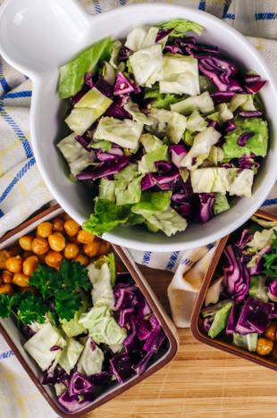 Krautsalat mit fermentiertem Knoblauch - 3 MINUTEN REZEPT