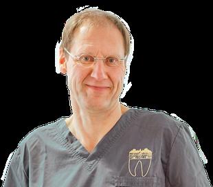 Zahnarzt A. Hirschfeld: Qualifiziert für Implantat-Behandlungen