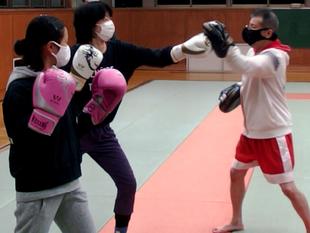 親子でキックボクシング練習