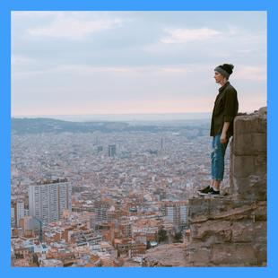 Tours privados a medida en Barcelona. Photo by Toa Heftiba on Unsplash