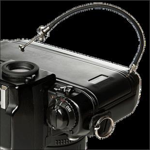 Nikon F4 von 1988 mit Drahtauslöser, Foto: Dr. Klaus Schörner