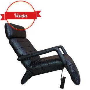 fauteuil design cuir,fauteuil inclinable,fauteuil,design,armchair,haut de gamme,qualité,geoffrey arcourt,artifort,vintage,cuir,noir