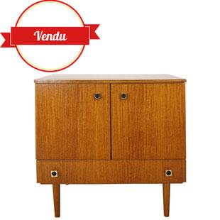 meuble vintage en teck,petite enfilade,dressoir,majdeltier,scandinave,tourcoing,boutique,excellent état,rétro, tiroir,design,scandinave,poignées laiton,pratique