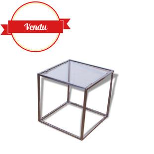 petite table,bout de canapé,chevet,sellette,vintage,1970,chromée,verre,carré,transparente,brocante
