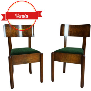 chaise art deo,art deco,paire de chaises art deco,art déco,noyer,loupe,placage,modernistes,originales,1920,1930,années 30,velours,vert,retapissé,rébové,anciennes