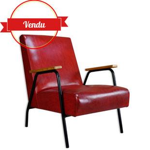 fauteuil pierre guariche,fauteuil des années 50,fauteuil simili cuir rouge,bordeaux,fauteuil meurop,pierre guariche