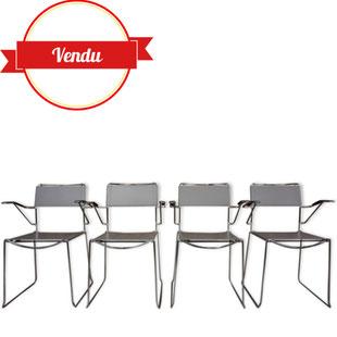 4 chaises en cuir et chrome,chaises aériennes,chaises design,chaises en cuir,chaises vintage,chaises a accoudoirs,chaises fil de fer,sangle,design italien,made in italy,giandomenico belotti,enpilable, chaises de salle a manger vintage,chaises de repas
