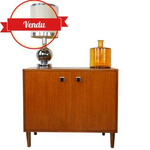 petit meuble scandinave,petit buffet,meuble bas,teck,vintage,rétro,années 60,années 50,majdeltier