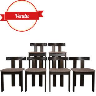 suite de 6 chaises former 1970,chaises 1970,chaises originales,chaises design italien 1970,forme t,bois,marron foncé,design italien,italie,majdeltier,eames,breuer