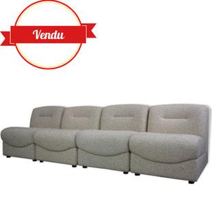 canapé modulable,1970,1980,vintage,design,chauffeuse,beige,clair,arrondi,moderniste,confort,modulable,modulaire,éléments