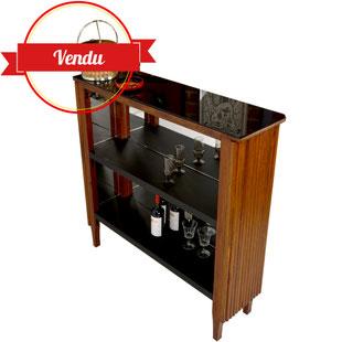 bar vintage bois 1960,bar en bois,bar années 70, meuble bar,meuble bar design,meuble bar vintage,miroirs, art deco,simili cuir noir,scandinave,boire un verre,majdeltier