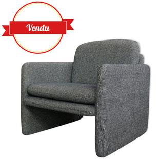 fauteuil vintage,fauteuil de salon,cabriolet,club,moderniste,gris,gris chiné,coussin,confortable,design,1970,1980