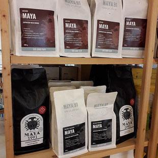 Theresa Weinzettl und Eva Renner im Sitz- & Stehcafé