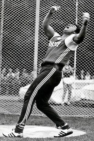 Mit 79,26 Metern stand Manfred Hüning im Jahre 1979 auf Platz zwei der Weltbestenliste im Hammerwurf.