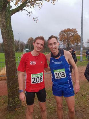 Stefan Ritte (rechts, LAZ Rhede) freute sich zusammen mit Armin Beus (SV Sonsbeck) über die Silbermedaille.