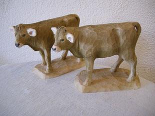 Kalb geschnitzt in Lindenholz Holzfigur