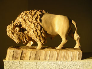 Bisonskulptur Bison Figur Paul Widmer
