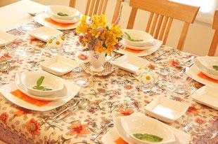 洋食のテーブルコーディネイト