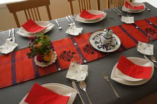 スペイン料理のテーブルコーディネイト