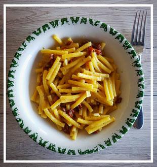 Pasta mit getrockneten Tomaten