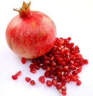 Ausgereifte frische Granatapfelfrucht