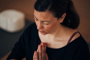 Yogalehrerin Denise Kirchberg