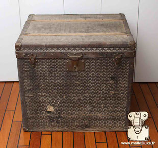 old goyard trunk before restoration by an expert
