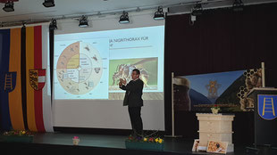 Ing. Andreas Platzer referierte über die Asiatische Hornisse
