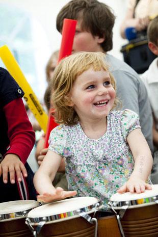 In der Kindermusikwerkstatt haben auch die Kleinsten jede Menge Spaß / © Anne Ackermann