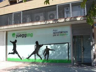 Local Comercial acondicionado para Salón de Juegos con Cafetería en la zona del Naranjo en Fuenlabrada.