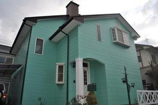 水性ルーフセラ遮熱塗装コロニアル屋根 熊本I様家。海外住宅スタイル