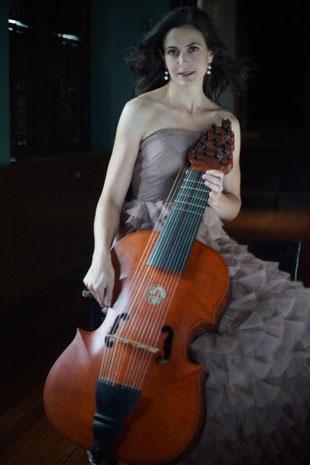 Analisa Pappano mit Lirone