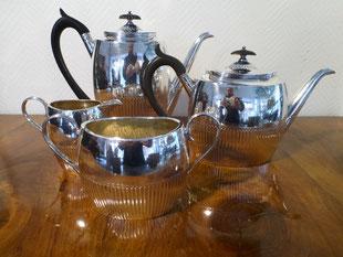 Tee-Set Queen Anne Stil, versilbert