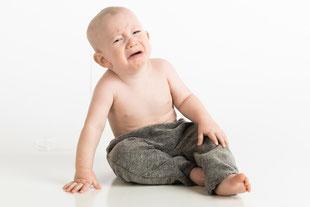 Klopf-Akupressur hilft, wenn Babys weinen