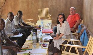 v.l.n.r, Charles Lankoande - Adama Harma Lankoande - Hamsagui Tindano - Erwin Wiest - Pascale Pouzet - das Foto machte Josué Ouoba