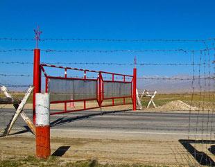 der vorletzte Check-Point auf kirgisischer Seite