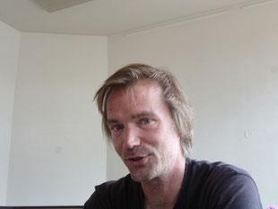 Das ist übrigens Max von www.hostelmax.de - Das Foto wurde von seinem kleinen Sohn gemacht!