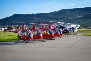 Wie viele passen in einen Helikopter?