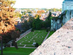 Blick von der Altstadt hinunter nach Chartres