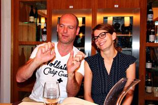 Hallo Stefanie, hallo Richard :) Liebe Grüße, falls ihr euch gerade auf dieser Seite entdeckt habt. Wir freuen uns auf ein Wiedersehen! Nadja & Michael