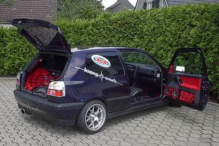 Golf 3 mit Spiderman Kofferraum showausbau aussenansicht