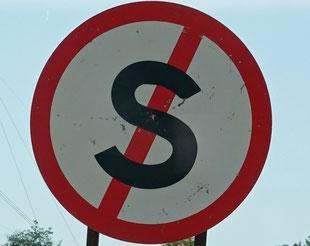 """Dieses Zeichen bedeutet """"Halten verboten"""""""