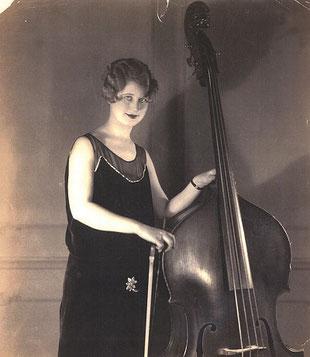 Thema Terry-mujer jazz contrabajo