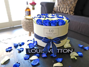 Foto van flower box Blue Swoosh