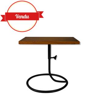 bout de canapé,table d'appoint vintage 1950, design 1950,design guariche,serpent,fer forgé,ancien,métal et bois,1950,1960,vintage