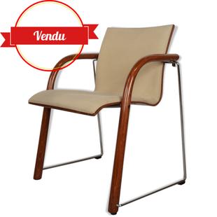 fauteuil thonet,thonet,design,fauteuil coque en bois,dossier bois,s320,années 80,beige,bois courbé,chrome,fauteuil d'attente,fauteuil de bureau