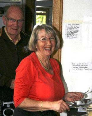 Edith und Kurt Klöcker erhielten Anfang 2015 die Ehrenamtskarte der Stadt Syke in Anerkennung ihres großen Engagements für den Café-Betrieb von Beginn an. Als frühere Edeka-Einzelhändler hatten sie die nötige Erfahrung und viel Lust an der neuen Aufgabe.