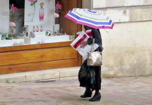 09. Mai 2016 - Alles unter einem bunten Regenschirm