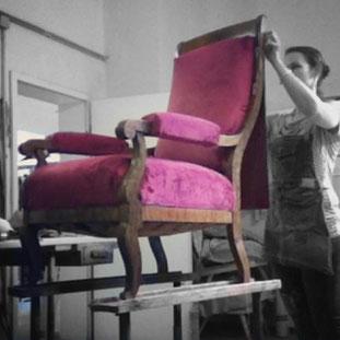 Bild: Sessel neu beziehen, Polsterarbeiten am Sessel